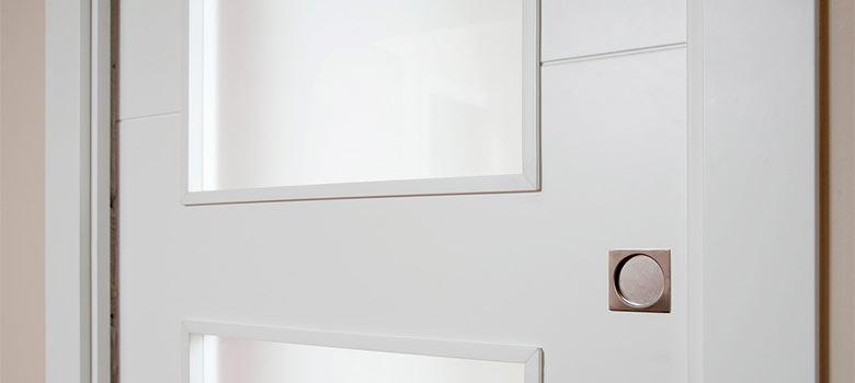 Cómo limpiar puertas lacadas en blanco que amarillean